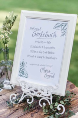 polaroid sofortbildkamera für das Hochzeitsgästebuch oder für die gästebuchpinnwand