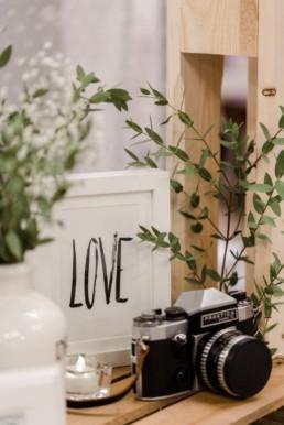 messestand von hochzeitsfotograf Veronika Anna Fotografie auf dem Wedding Festival in mallersdorf-pfaffenberg zwischen Straubing und München - Dekoration