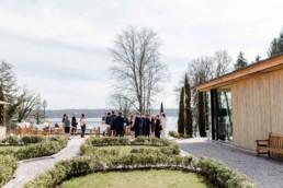 Hochzeit am Starnberger See bei Muenchen fotografiert von Hochzeitsfotografin Veronika Anna Fotografie aus Straubing.