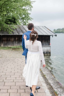 Brautpaarshooting bei einer Hochzeitsfeier am Tegernsee fotografiert von Hochzeitsfotografin Veronika Anna Fotografie aus Muenchen