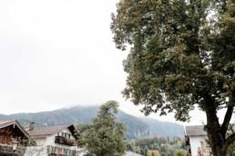 Herbsthochzeit am Kochelsee, fotografiert von Hochzeitsfotografin Veronika Anna Fotografie, aus Straubing. Hochzeitsfotograf Kochelsee