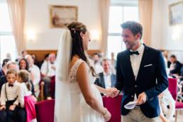Hochzeitsfotograf Kochelsee, Natürliche Hochzeitsfotos mit echten Emotionen von Hochzeitsfotografin Veronika Anna Fotografie am Kochelsee.