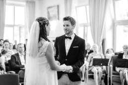 Hochzeitsfotos authentisch und echt bei Kochel am See von Veronika Anna Fotografie.