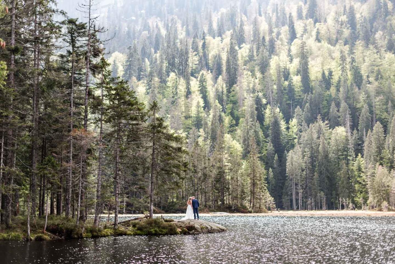 Brautpaar am See - Romantische Bilder von Veronika Anna Fotografie