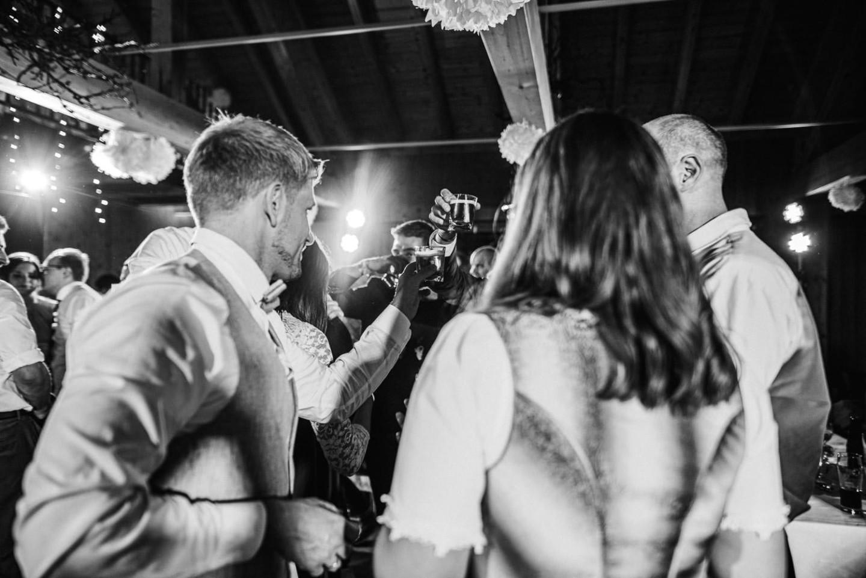 Shot- Gemeinsam auf das Brautpaar