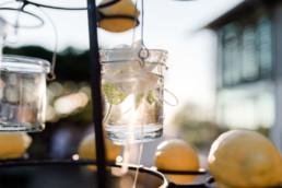 Hochzeitsdekoration mit Zitronen