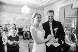Hochzeit im Standesamt mit Hochzeitsfotografin Veronika Anna Fotografie