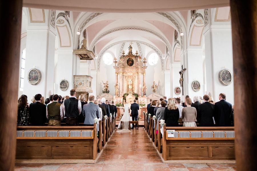 Kirchliche Hochzeit in der Nähe von Salzburg