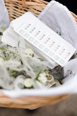 Ablaufplan der Hochzeit für die Gäste zum Verteilen