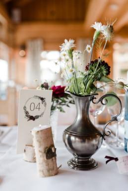Tischdekoration bei lockerer Boho Wedding am Grandsberger Hof, Deggendord, bayerischer Wald