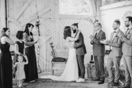 Freie Trauung vollzogen, fotografiert von Hochzeitsfotografin Veronika Anna Fotografie, Grandsberger Hof.