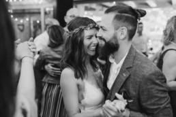 Glückliches Brautpaar, im bayerischen Wald, Grandsberger Hof