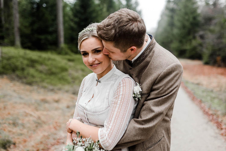 Hochzeitsfotografie bayerischer Wald mit Brautpaarfotos von Veronika Anna Fotografie Deggendorf
