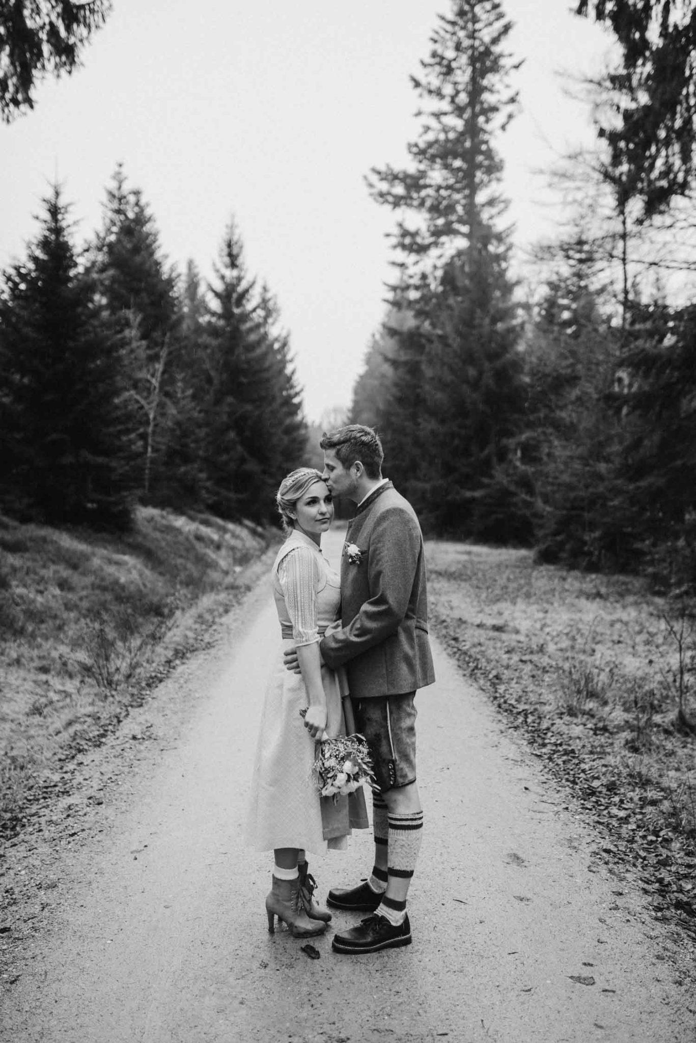 Natürliche Hochzeitsfotografie im bayerischen Wald, Rusel Hochzeitsfotograf Deggendorf