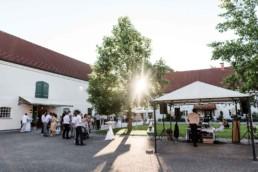 Irghof Obernberg in Oberösterreich fotografiert bei nachhaltiger Hochzeit von Veronika Anna Fotografie.