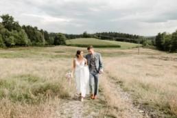 Paarshooting zur Hochzeit im bayerischen Wald, fotografiert von Veronika Anna Fotografie Deggendorf