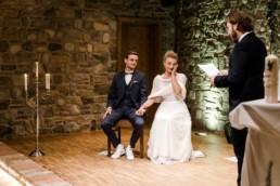 Natürliche Hochzeitsfotografie im bayerischen Wald.