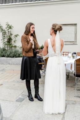 Gratulation mit der Braut fotografin Veronika Anna.