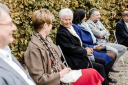 Kleine Corona Hochzeit mit Familie im bayerischen Wald von Hochzeitsfotografin Veronika Anna in Bayern