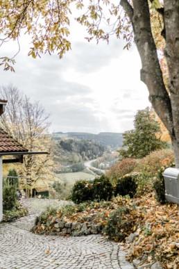 Location für die Hochzeit mit Natur im bayerischen Wald aufgenommen von Veronika Anna Fotografie