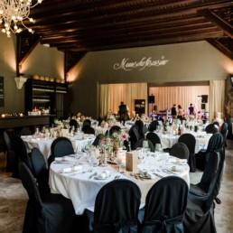 Das Mannschaftscasino in Straubing ist eine besondere Location für das Brautpaar und die Hochzeit von der Fotografin Veronika Anna Fotografie