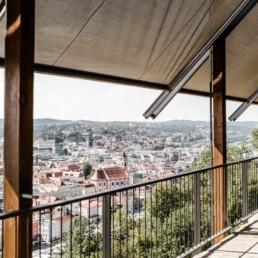 Feier eure Hochzeit in der Hochzeitslocation im bayerischen Wald mit wunderschönem Ausblick auf Passau